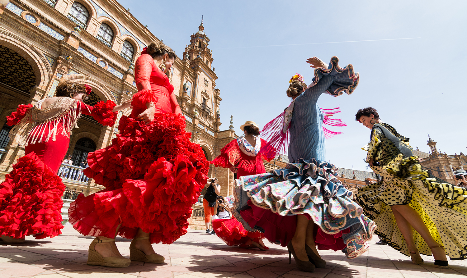 spain-flamenco-dancers-seville-spain